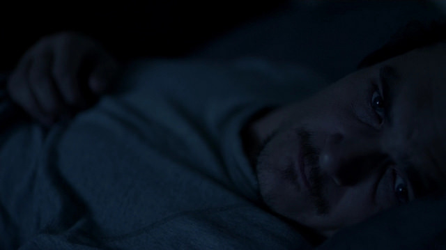 Rupert Friend in the episode 6.03 of Homelad